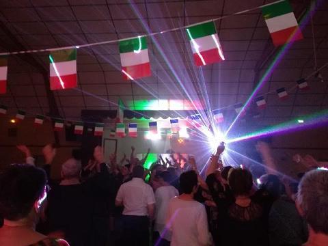 Repas dansant italien à Fragnes